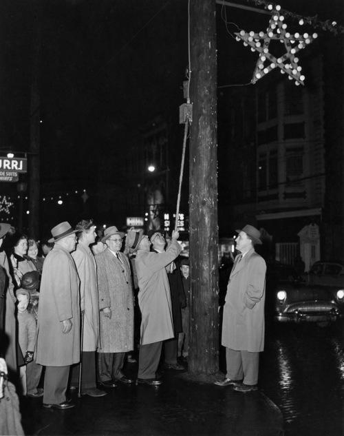 Light-Up Night, Thanksgiving 1954