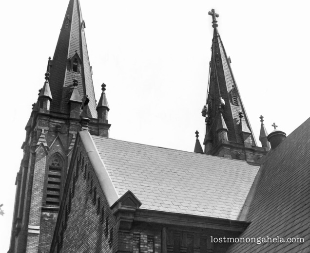 Yohe_Roofing_077_holy_trinity_duquesne_pa_1953-Edit_1500px_optimized-3